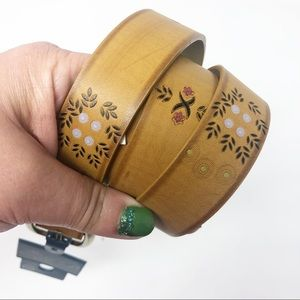 Universal Threads Tan Floral Embossed XXL Belt NWT
